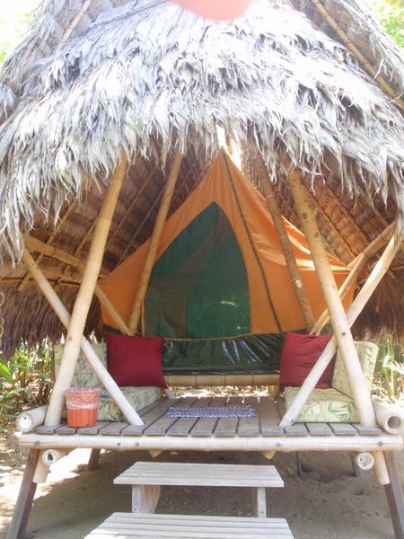Boca Sombrero tent